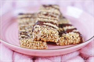Riegel aus gepufften Quinoa