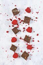 Protein Snack mit Himbeere und Schokolade