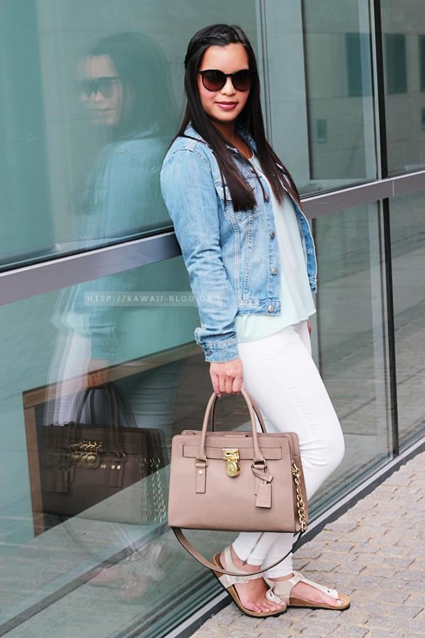 Outfit mit weißer Hose